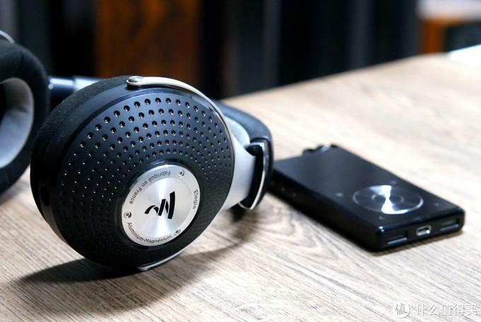 旷世QPM便携播放器+劲浪2个封闭式乌托邦耳机评测