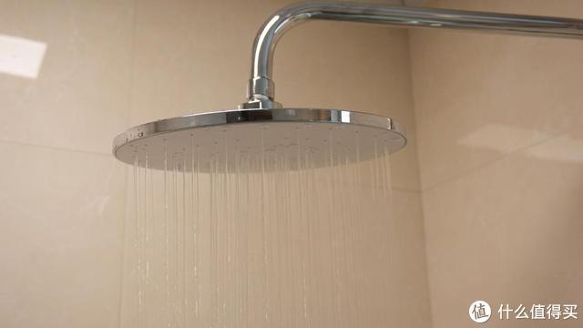 淋浴花洒如何选择?999元自带水力发电LED显示,液态硅胶增压 ,小米有品Future-O体验