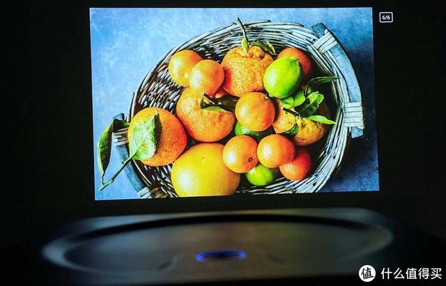 Switch屏幕太小,大眼橙X7M、X7D智能投影仪放大游戏视界