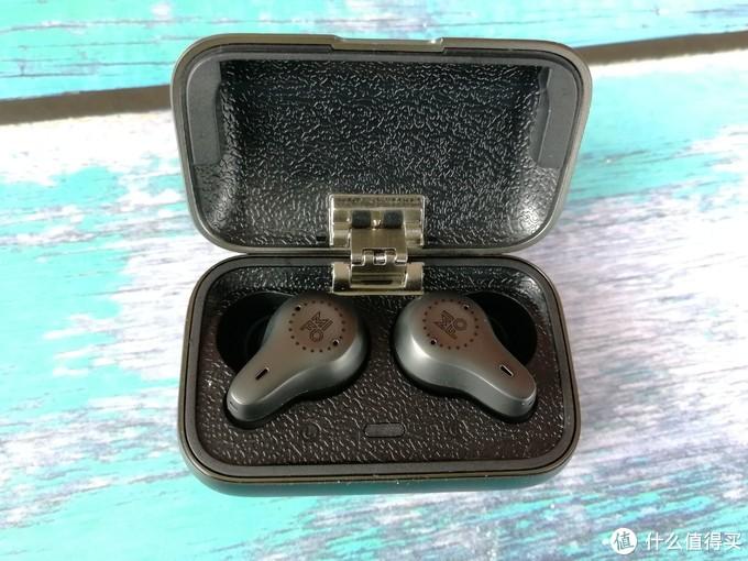 质感上乘,降噪出众,运动好拍档--魔浪O7无线蓝牙耳机