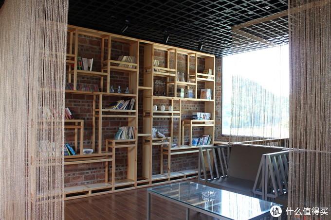 这里收藏了房东收集回来的书籍供房客观看