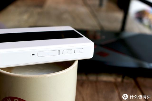 华为5G随行WiFi Pro这或许是当下4G手机体验5G快感的最佳解决方案