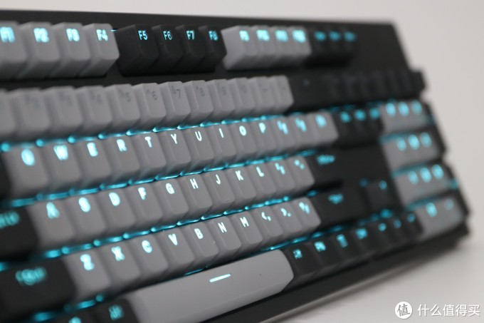花一把键盘的钱买两把键盘——达尔优A840键盘