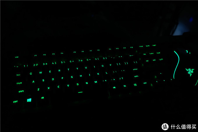 Razer猎魂光蛛竞技版——PBT键帽的87键极速线性光轴键盘体验