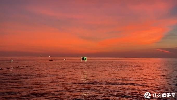 钓鱼观海观日出