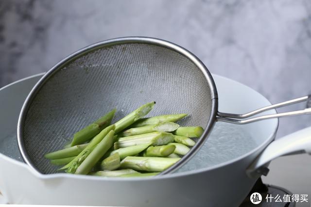 这道菜低卡高纤,简单快手,减肥瘦身常备食谱