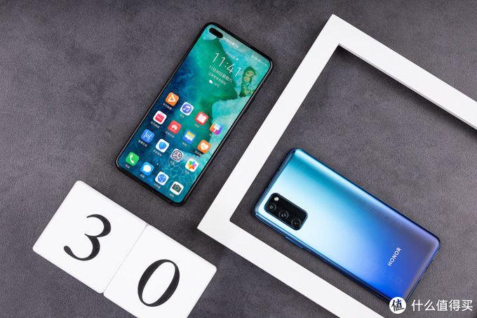 5G香不香、标杆爽不爽 荣耀V30 PRO的首发体验