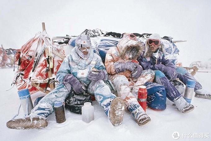 90年代6国横断南极考察队着装