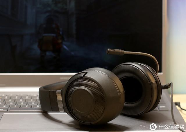 轻量设计助力游戏,北海巨妖标准版X耳机体验