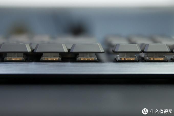 【擺评】矮轴?又是矮轴!微星个GK50机械键盘开箱评测