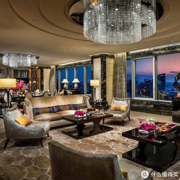 五星级酒店顶层成神秘地带,一般什么人才经常出入?