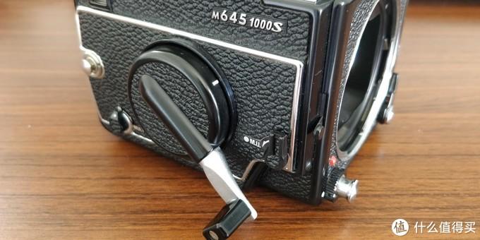 Mamiya 645 1000s中画幅胶片机篇一:机身及附件