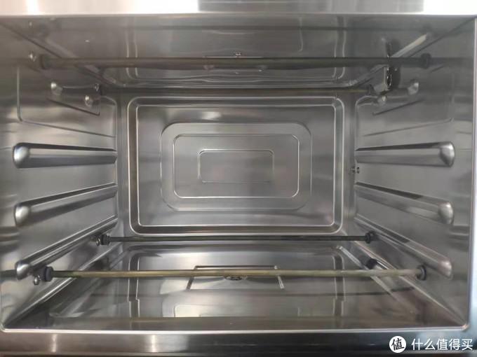 家里有必要装烤箱吗,国内外厨房为什么都换上蒸烤箱一体机!