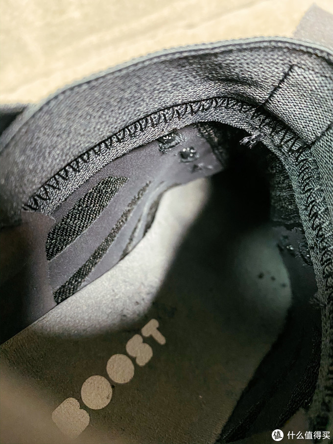 AdidasPureBOOST RBL 穿了一年与全新的对比