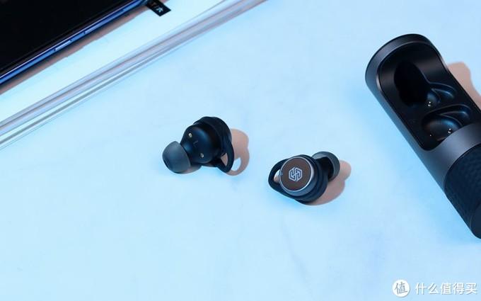 旋转式充电仓、触控按键,音质不错:耐尔金TW004深度体验