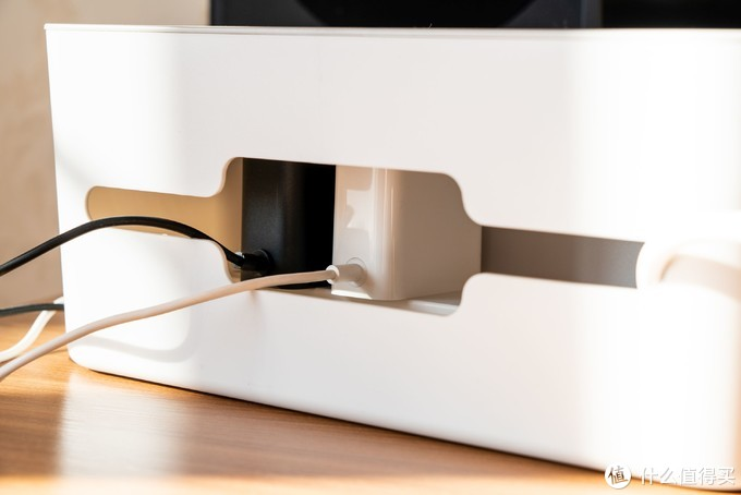 家里最难整理的就是插了一堆电源插头的插线板?或许你该试试ORICO这款