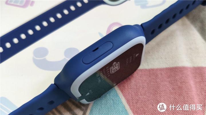 准爸爸给即将到来宝宝准备了米兔儿童电话手表