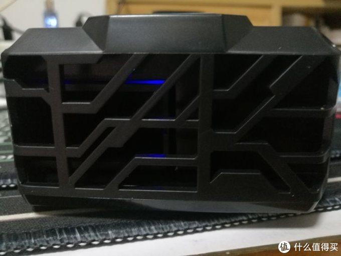 ACFUN香蕉商城酷睿冰尊(ICE COOREL)F1 笔记本抽风式散热器开箱测评