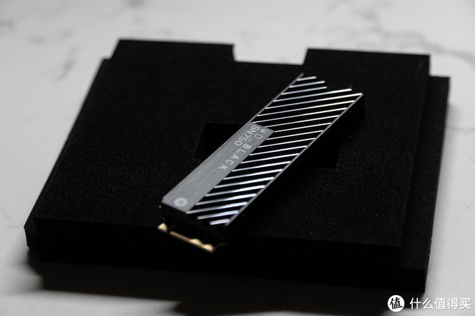 讲究!WD_BLACK SN750 NVMe SSD EKWB定制版开箱简评