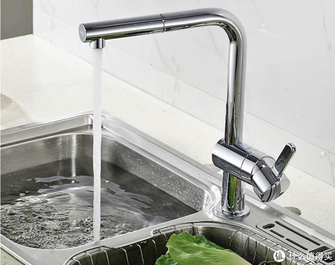 每天喝的水从这出,厨房龙头怎么买?看这3点就够了!
