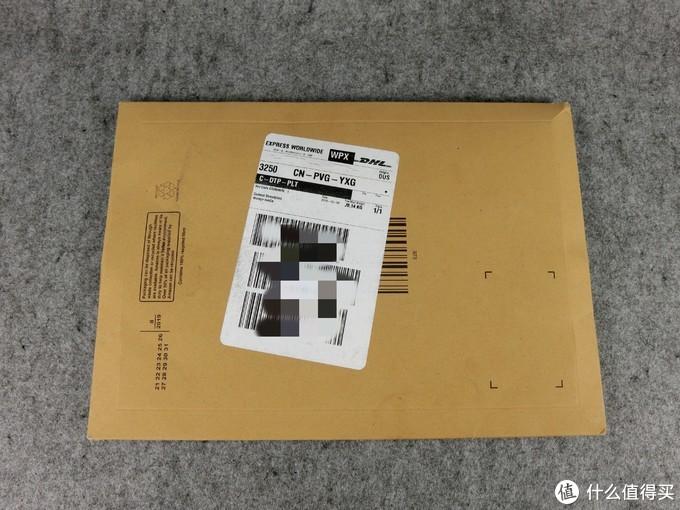 用的类似信封套的包装袋,极简+环保