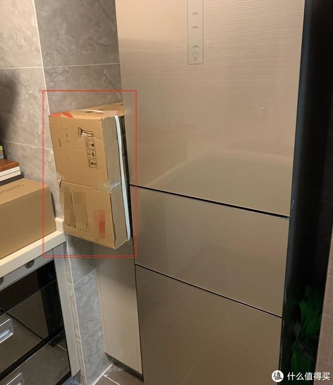 冰箱应该选独立式还是嵌入式?嵌入式冰箱安装复杂吗?