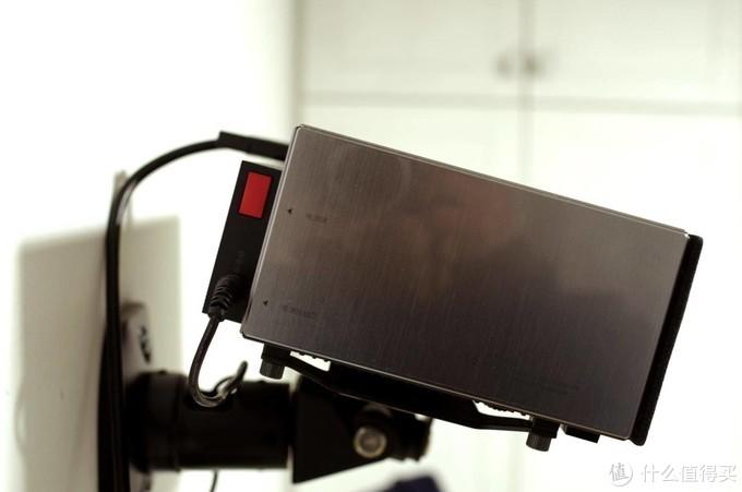 改造投影仪之加装毕亚兹 USB3.0 一拖四 HUB