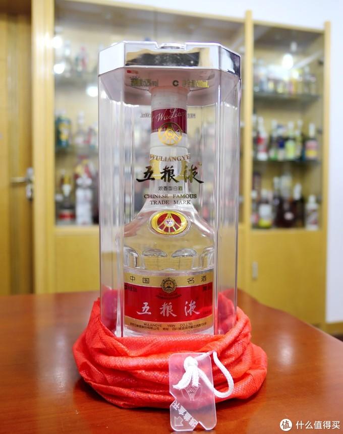 值无不言169期:酒逢知己千杯少  除夕夜600-2000价位中高档13个品牌白酒,哪些值得喝?