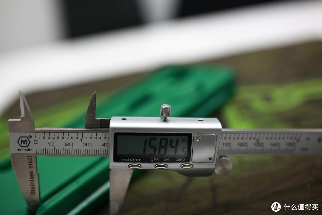 内径测量爪特写