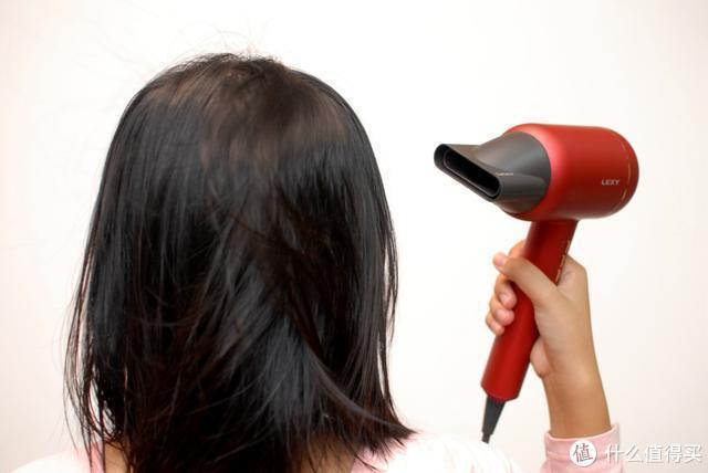 莱克吹风机护发又养发 梦寐以求的黑长直也不再是空想