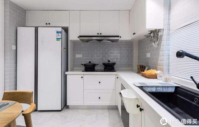 不是崇洋媚外,外国的嵌入式冰箱真的比国产好