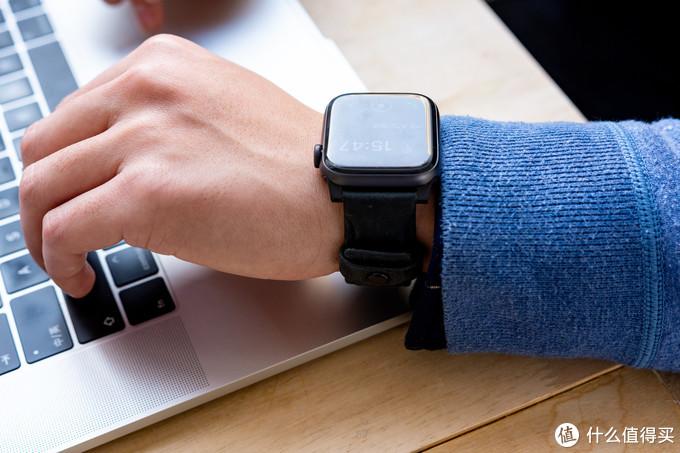 Apple Watch 5 44mm 蜂窝版解毒报告:评测体验 / 软件介绍/ 配件推荐