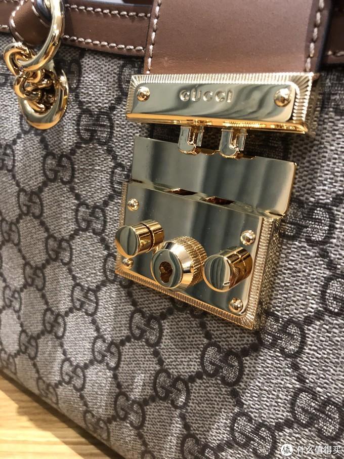 情人节礼物推荐——兼具颜值与实用的Gucci Padlock小号肩背包