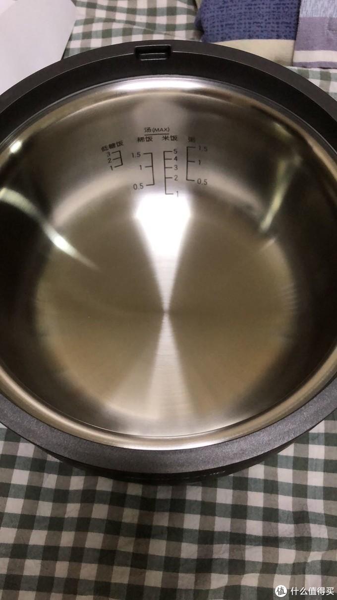 不锈钢内胆这个刷起来太方便了水一冲完事