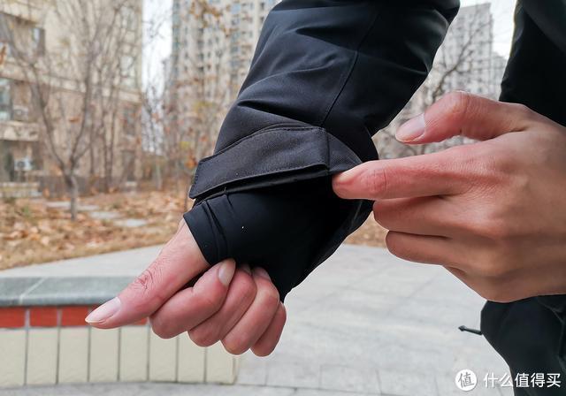 小米有品黑科技抗寒服,超轻薄航天材料,-40℃温暖如春还防水