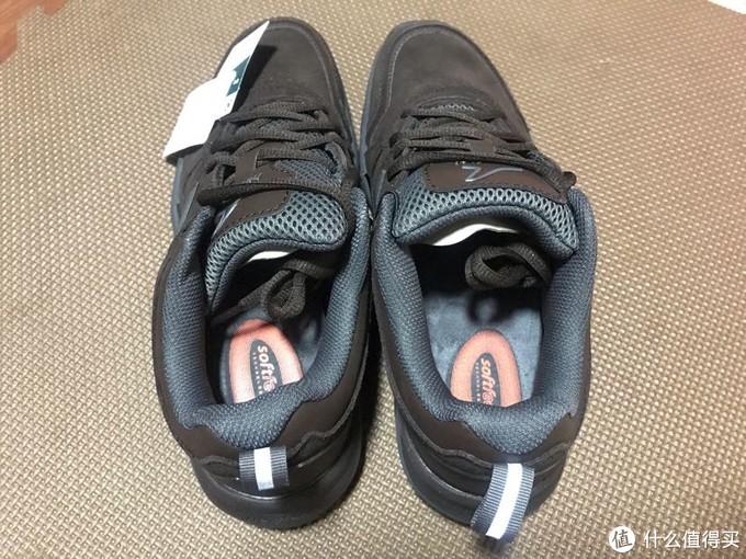迪卡侬299.9元皮面运动鞋性价比高不高?