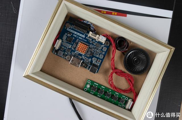还以为是个王者:青铜萌新iPad改装DIY显示器,结局大跌眼镜!