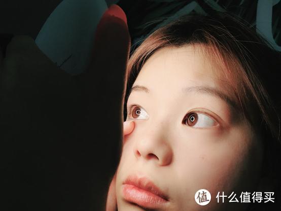 Demiro黑科技化妆镜,颠覆爱美女孩的化妆体验