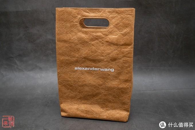 麦当劳 Xalexanderwang 之黑金M手包