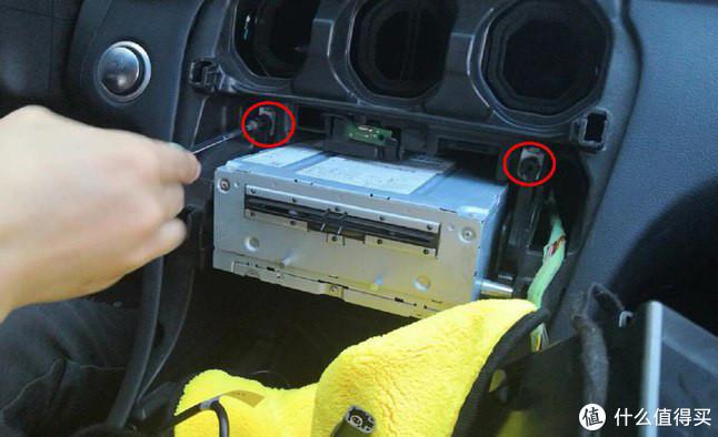 老司机秘籍No.77:车机智能不够,手机互联来凑——CarPlay 车载选购指南及装车实录