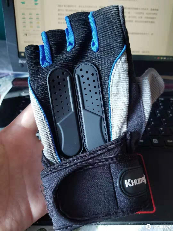 这幅手套好评5年了一点不坏。。大概是因为用的少吧。