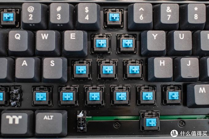 让桌面更整洁,TT G821飞行家无线三模键盘开箱体验