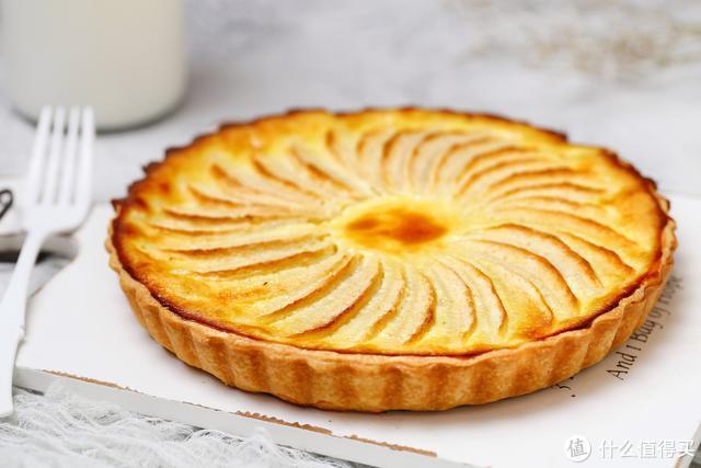 把苹果做成小甜点,无需打发黄油,口感嫩滑营养足,满屋香气扑鼻
