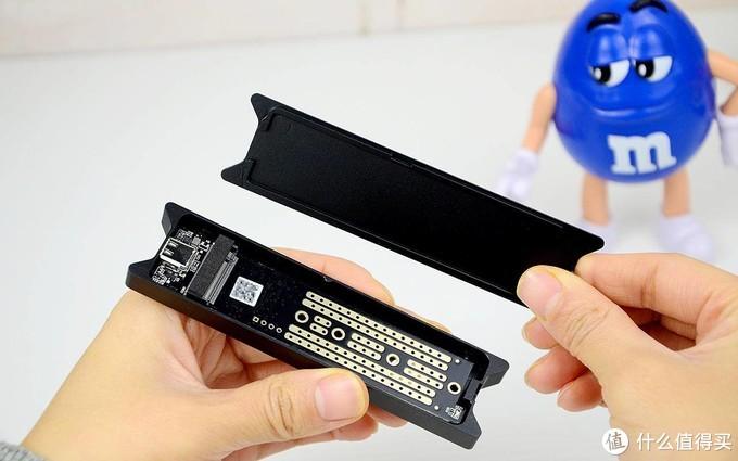 奥睿科M.2硬盘盒体验:数据传输,唯快不破!