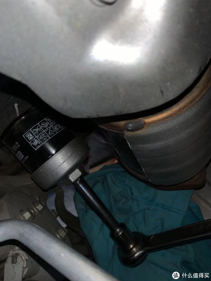开拆机油滤芯