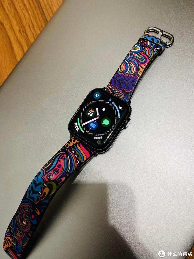 Apple watch 4 44mm GPS款