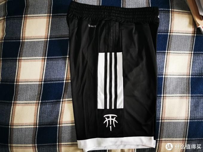 值得消费的阿迪TMAC短裤