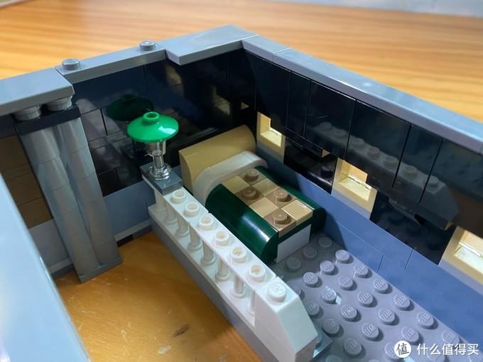 三层的小卧室