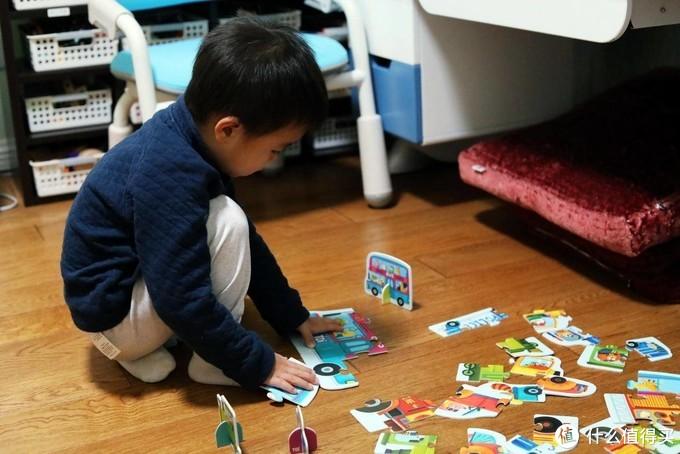 由简入繁,两种玩法,TOI双面拼图,儿子的新年礼物