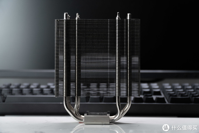 Ture Spirit 120热管与鳍片之间使用回流焊工艺,增强热传导效率。